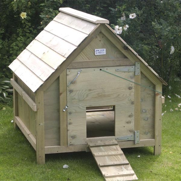 Standard Duck House